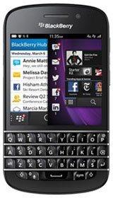 Смартфон BlackBerry Q10 доступен для предзаказа в Канаде